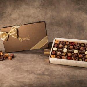 Chocolats-Manuel-Boîte-Gorge-Saïgon-assortiments-pralinés